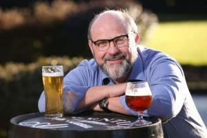 Hoveddommeren i konkurransene Dublin Craft Beer Cup og Dublin Craft Cider Cup, dr. Gearóid Cahill
