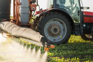 Velike tvrtke ozbiljno razmatraju uporabu biopesticida kao održivije alternative pesticidima.