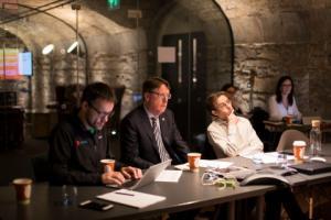 Джон Брэдфорд (Советник программы), Айдан Конолли (CIO Alltech) и Дэвид Хант, сооснователь Agrilarity, советники бизнес-акселератора Пирса Лайонса